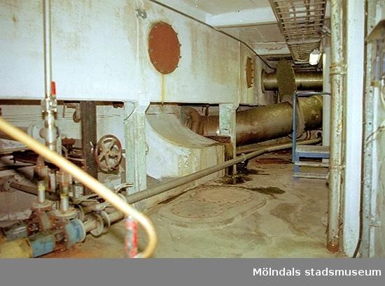 Manövreringsmaskineriet i vattenreningsanläggningen. Papyrusinventeringen 2001-11-06.