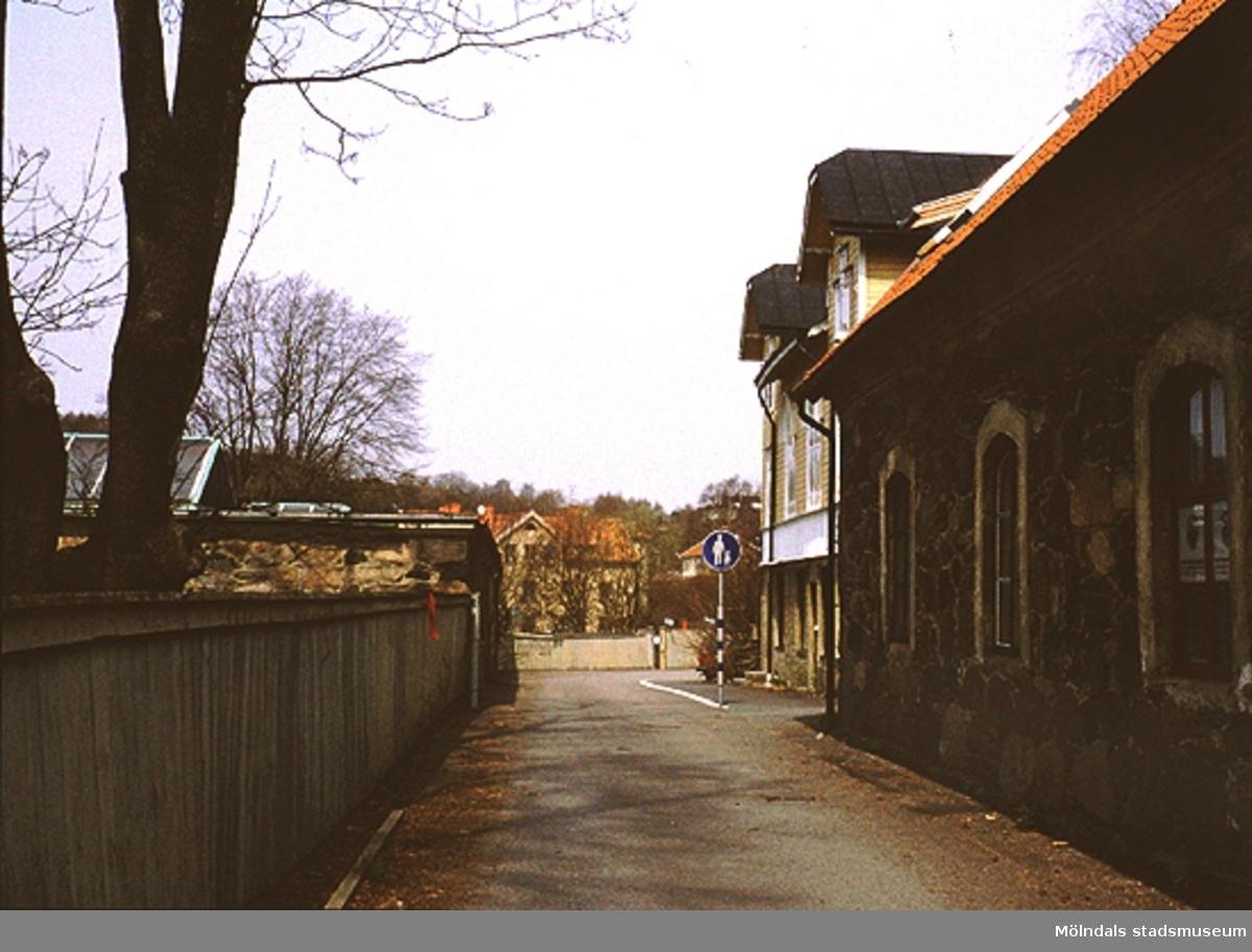 Gångstråk på Norra Forsåkersgatan från Rävekärr till Kvarnbyn.