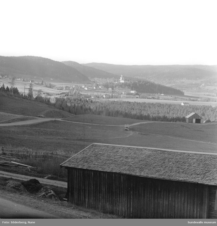 Vyer över Ljustorp (Mellberg), tagna norrut från Frötuna.