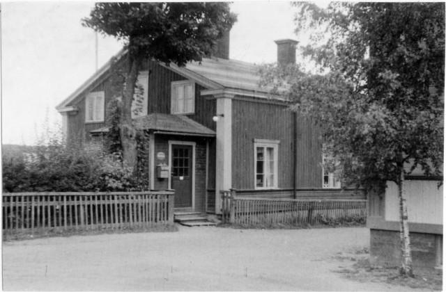 Söderhamns postområde. Norrala posstation, exteriör.
