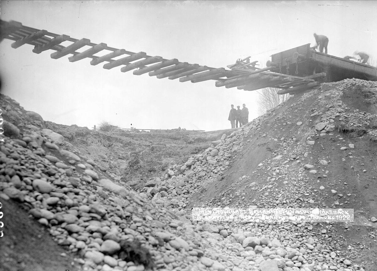 """""""Från järnvägsraset å Enköping-Heby-Runhällens järnväg"""", mellan Altuna och Hårsbäck, Uppland 1922"""