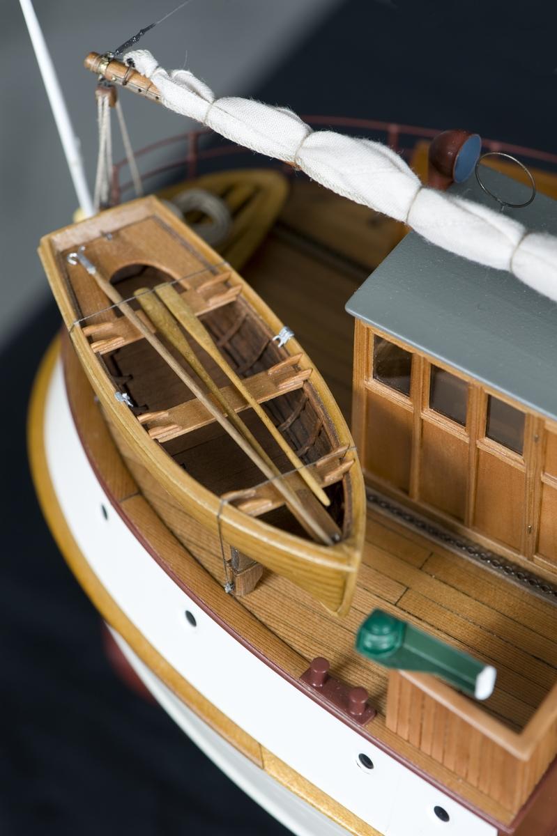 Detaljbild av modell av tremastskonaren Baltica, byggd i Sjöhistoriska museets modellverkstad av Stefan Bruhn och Jan Claesson