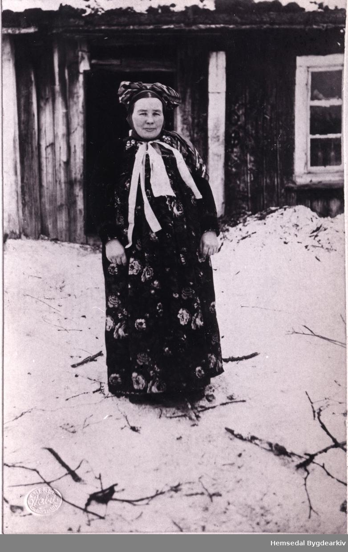Liv Ødegård, fødd 1870. Biletet er teke ca. 1910.