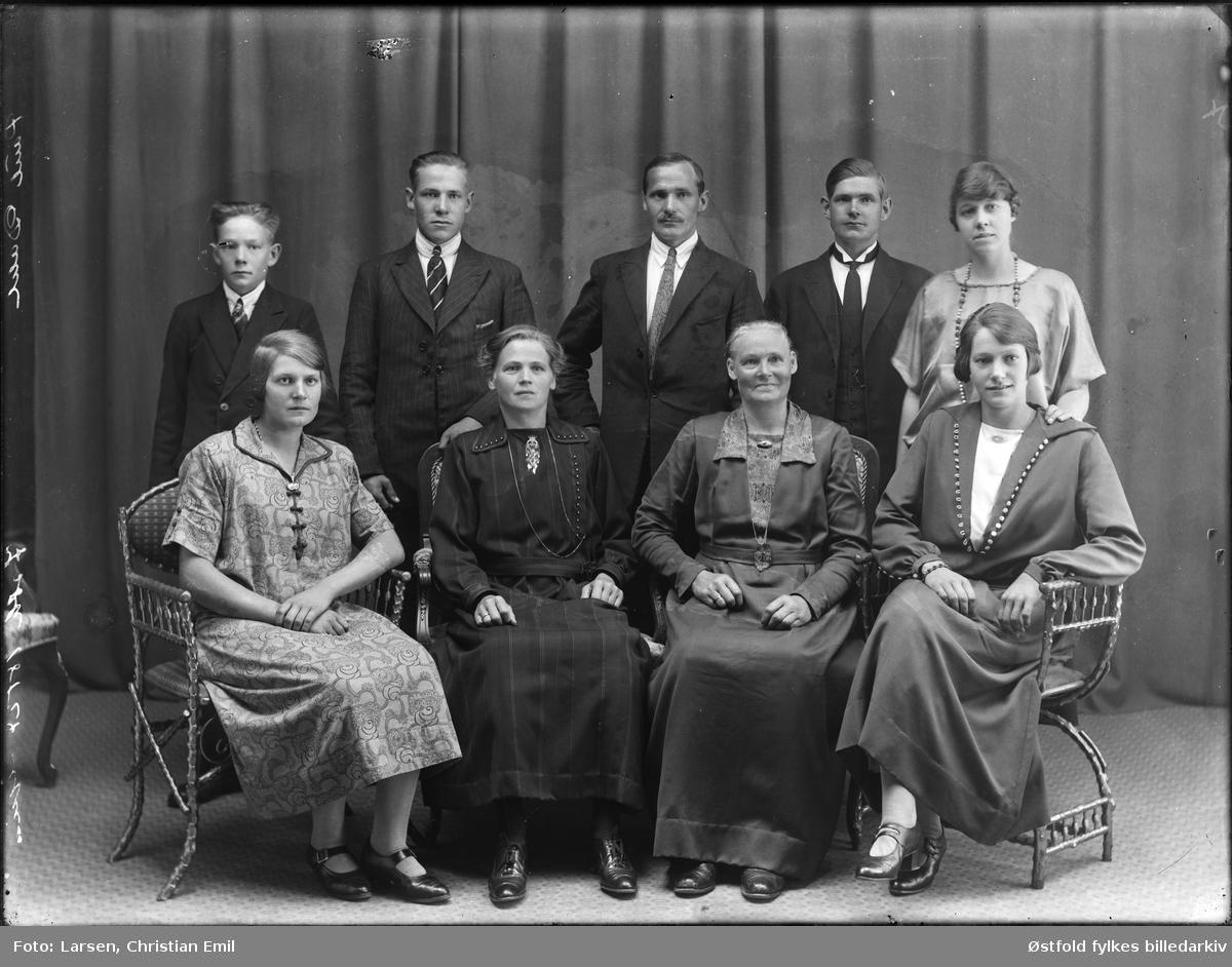 Gruppe, ukjent famlie 1926,