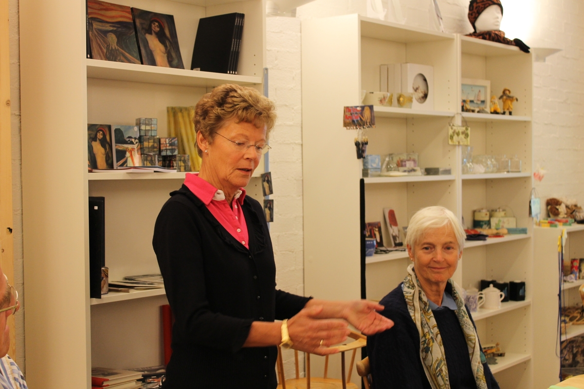 Innvielsesfesten for badehuset fra Skåtøy,  08.09.2012. Fra venstre: Inger Kristine Bratland, Benedicte, søster, Godtfred Nilsen, Else Bjørg Finstad, Jean Aase og Arnfinn Jensen.