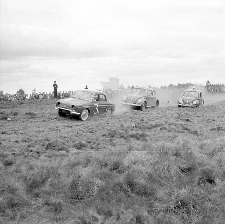 Bilrace på Grunnebo sydväst om Vänersborg i maj 1960