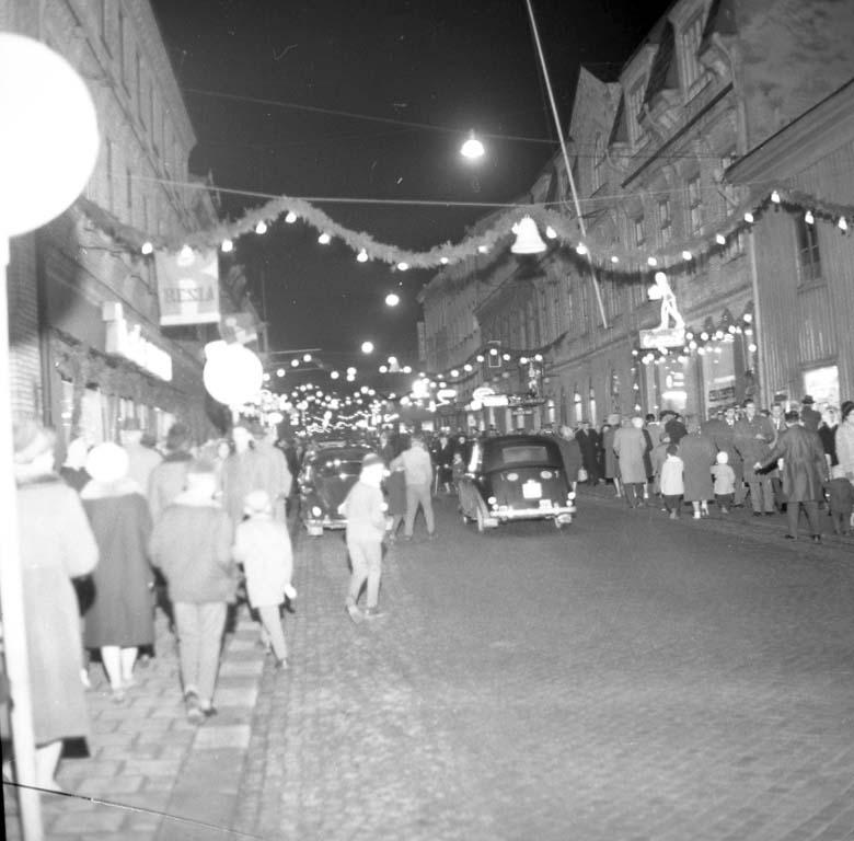 """""""Julskyltning Kungsgatan december 1960"""""""