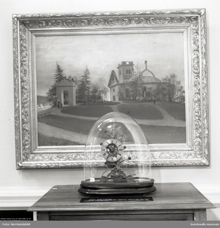 """""""Staden brinner"""" på Sundsvalls museum. Bilder till ett reportage i tidningen Vi."""