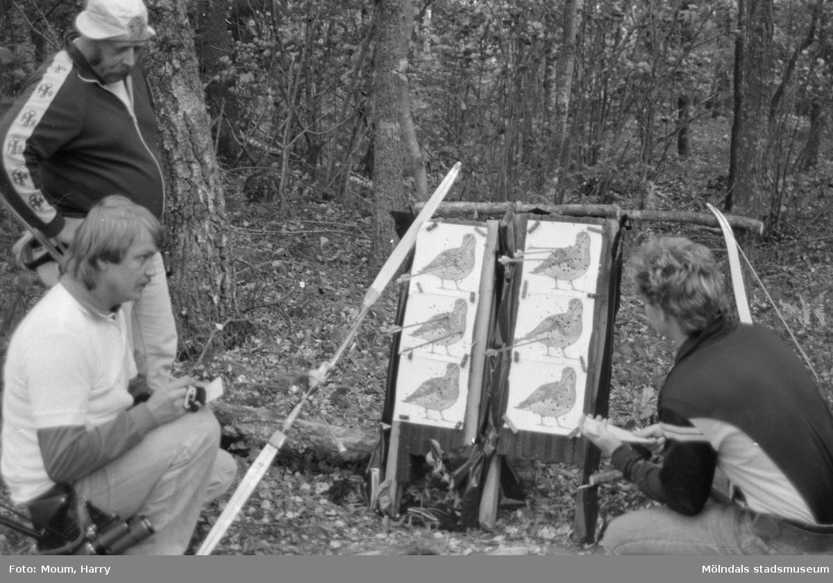 Jakt SM i bågskytte i Lindome, år 1984.  Fotografi taget av Harry Moum, HUM, Mölndals-Posten, år 1984.