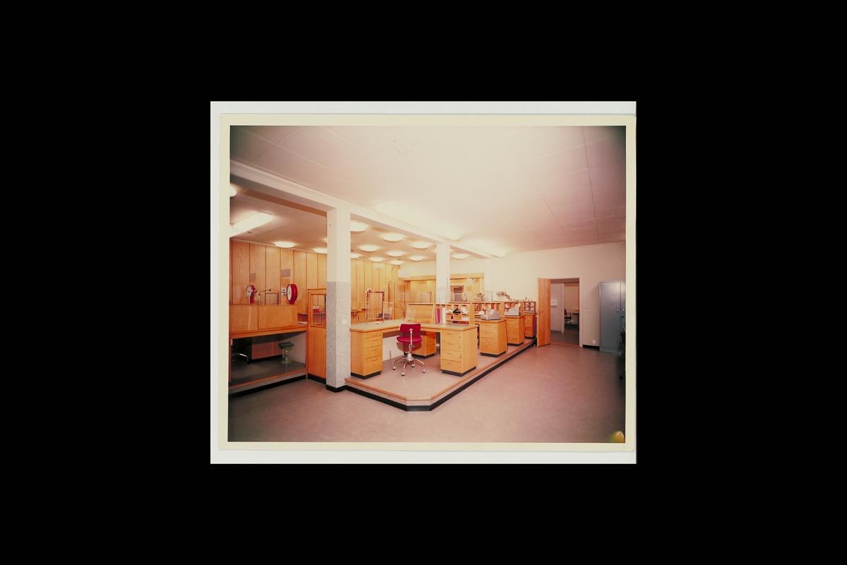 interiør, postkontor, 5770 Kragerø, ekspedisjon, vekt