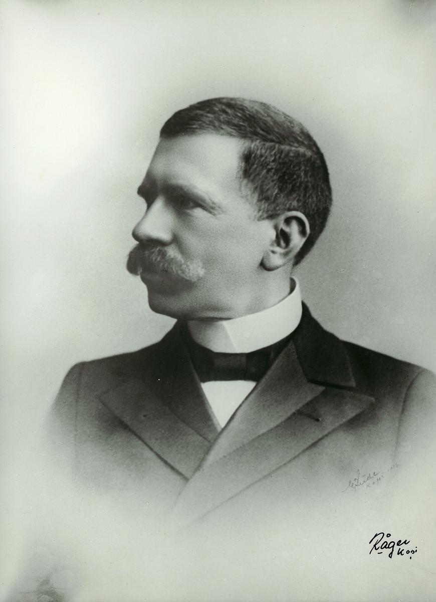 portrett, Hans J.L. Berrum