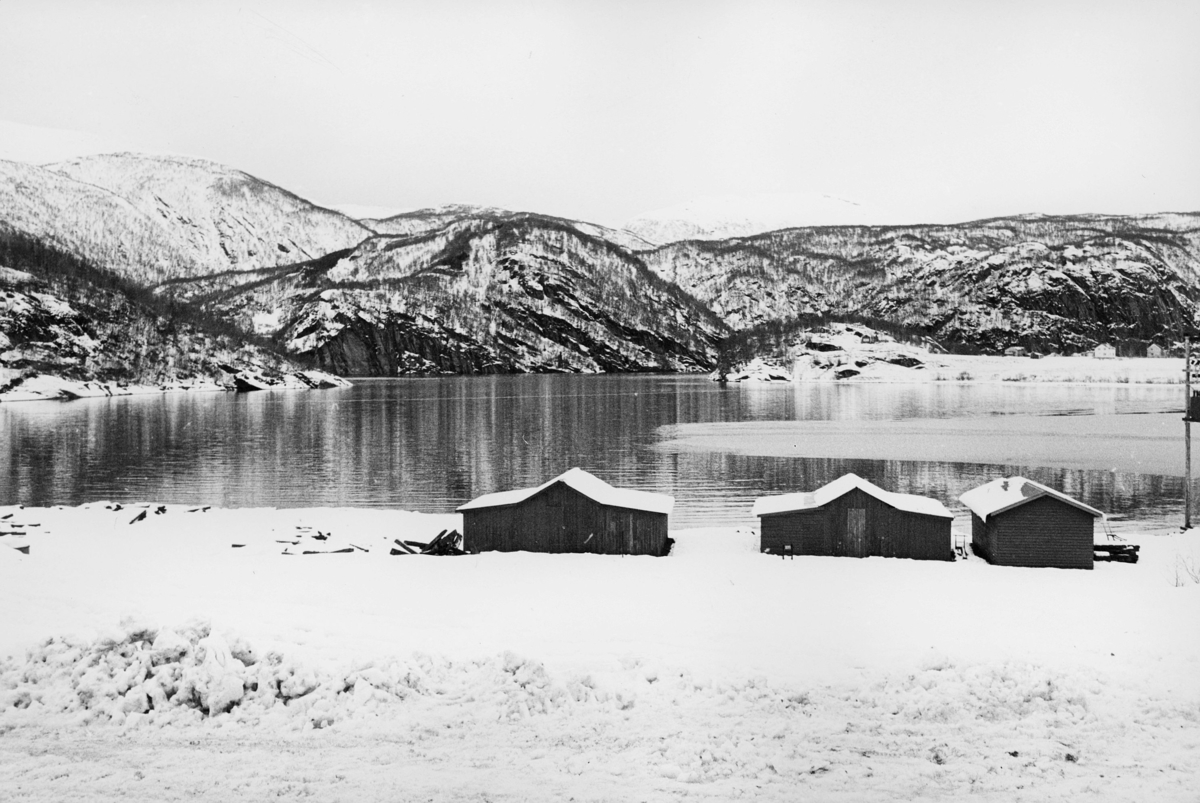 norgesbilder, 8230 Sulitjelma, hus, vann