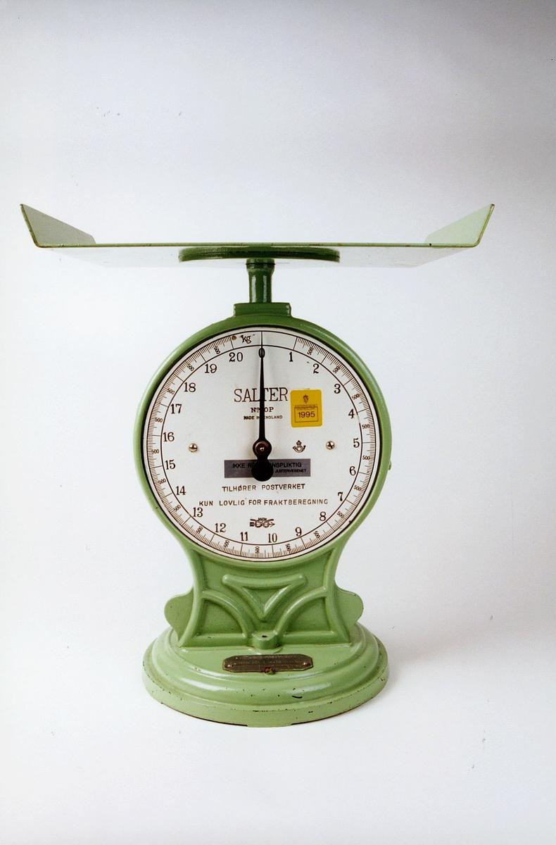 Postmuseet, gjenstander, vekt, fjærvekt, pakkevekt, Salter No 50P, rektangulær vektskål.