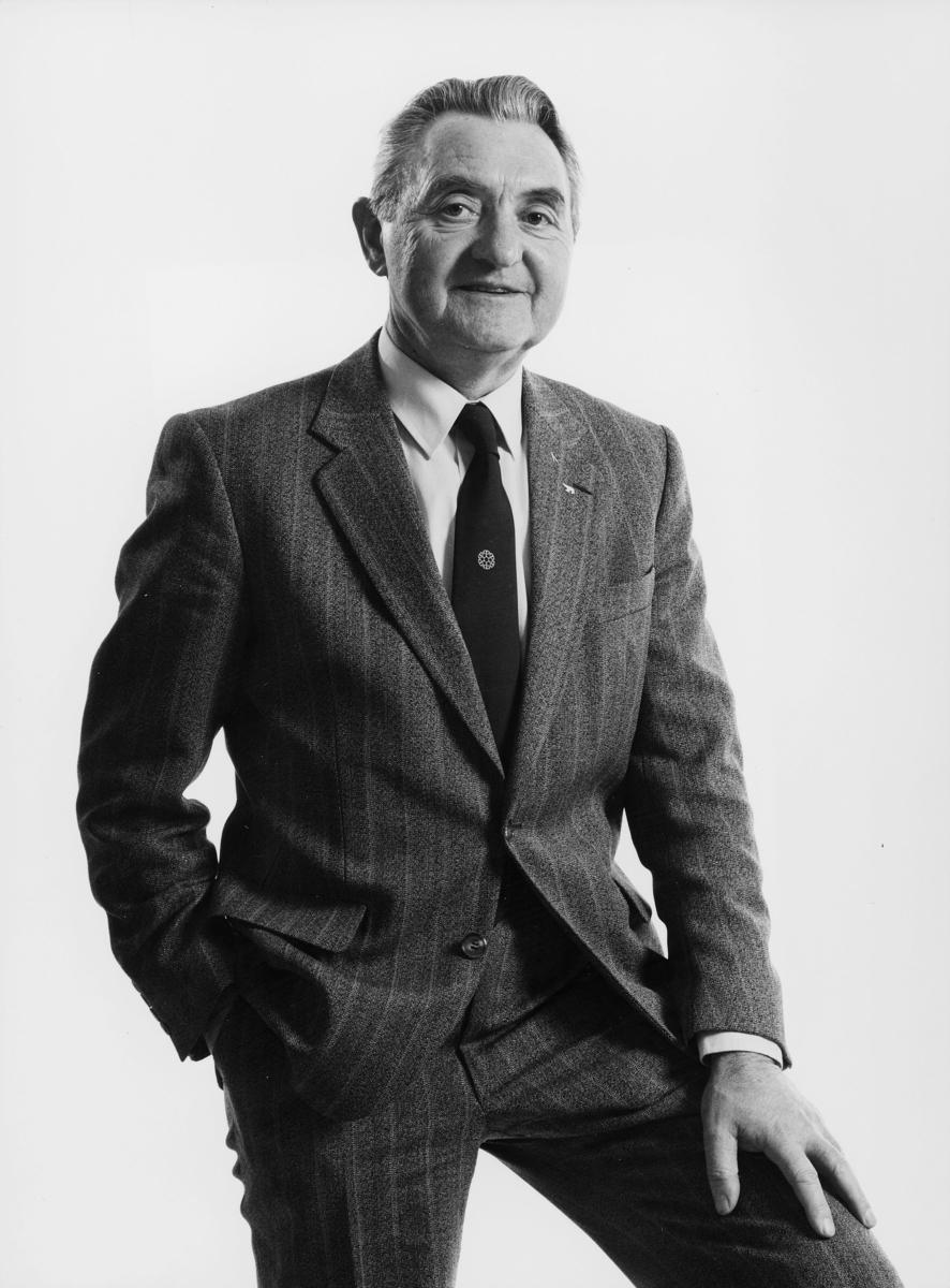 postsparebanken, banksjef Lorentz Ludviksen