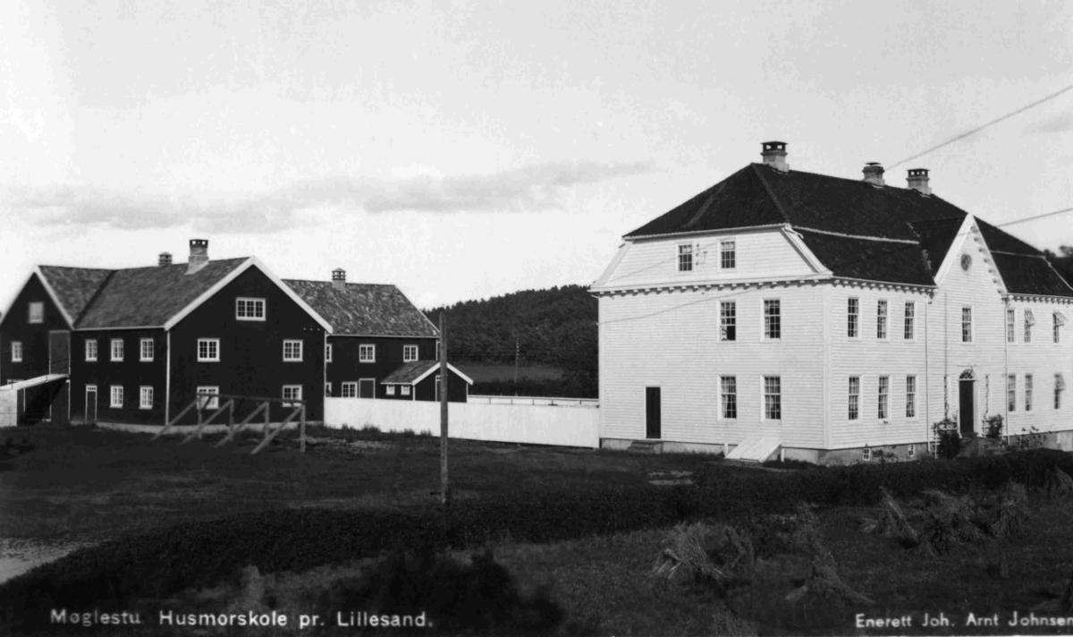 Møglestu Husmorskole