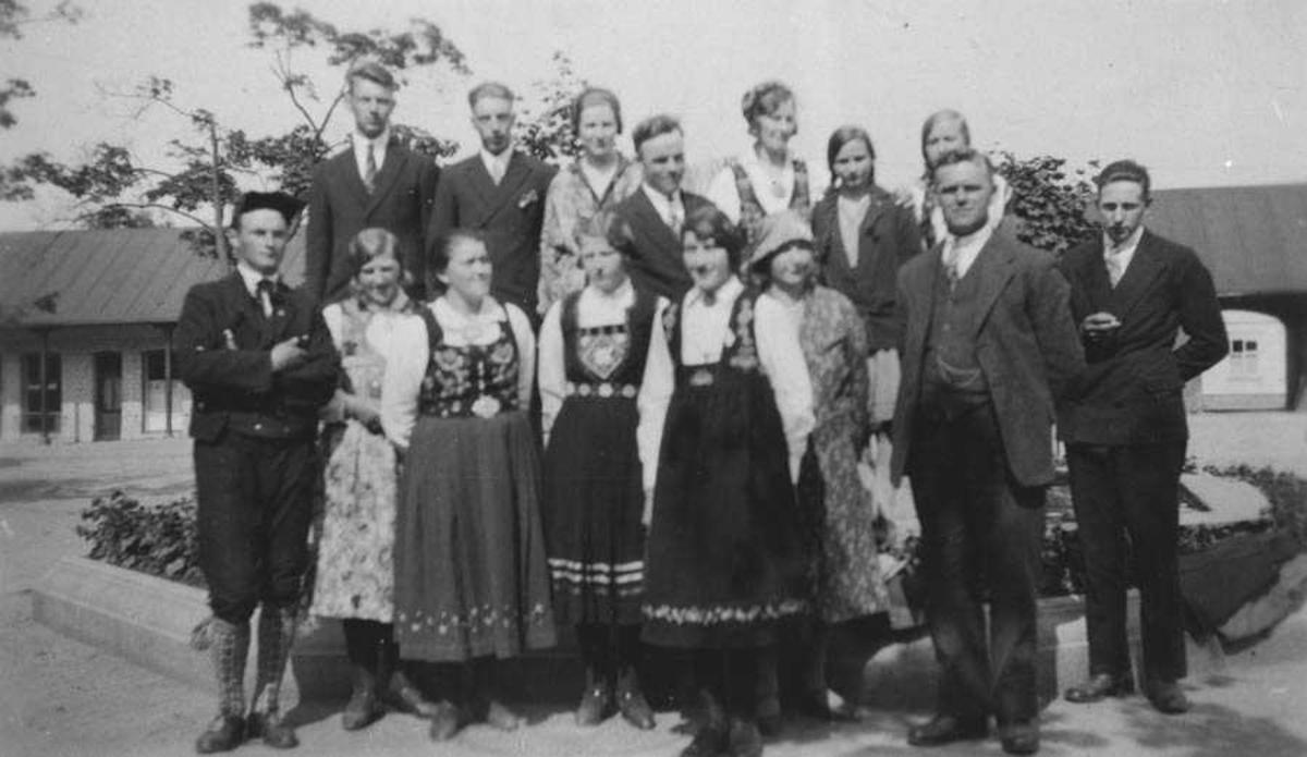 Kråkstad frilynte omdomslags leikarring 1930.