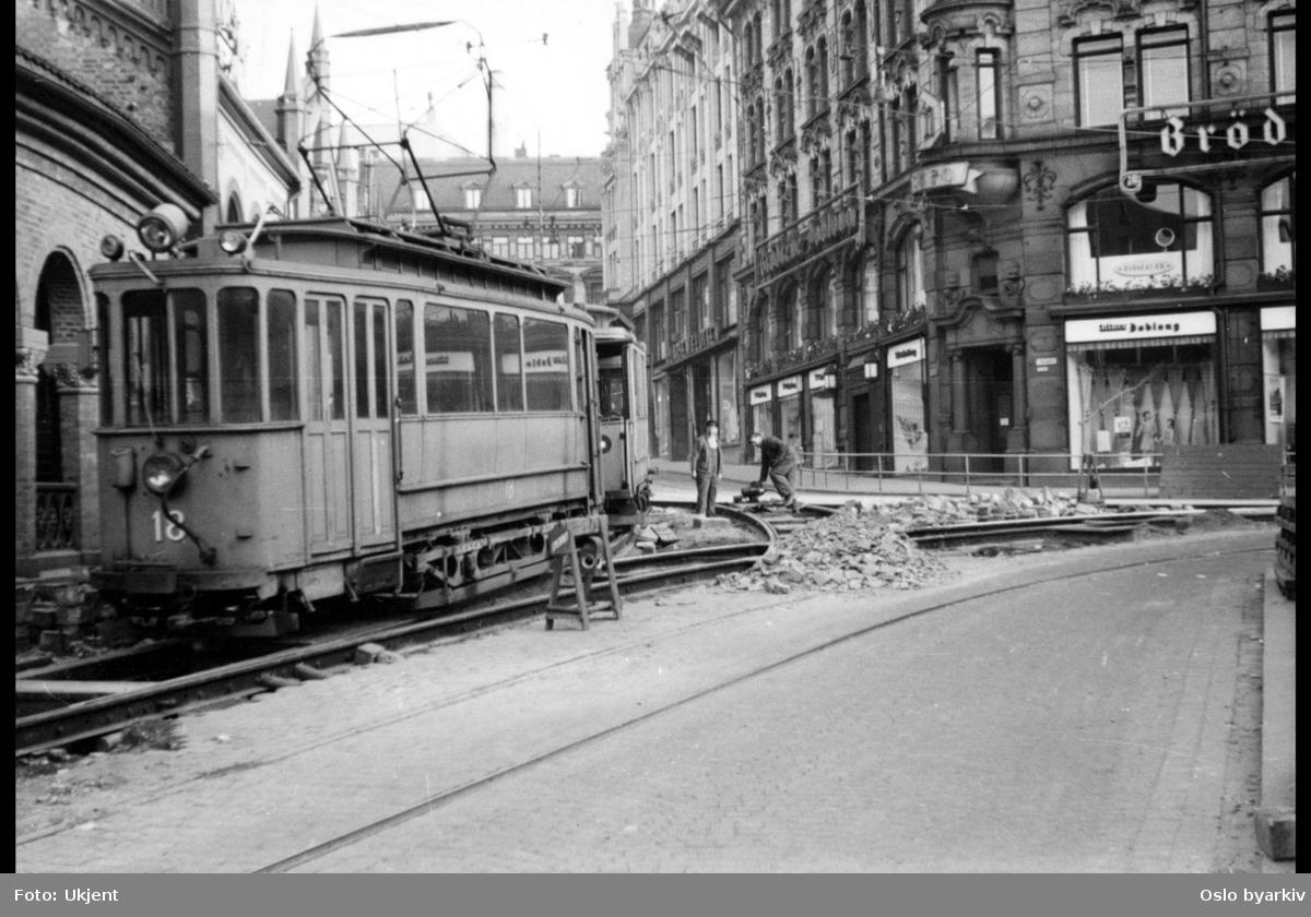 Oslo Sporveier. Arbeidsvogn og arbeid på skinnene.