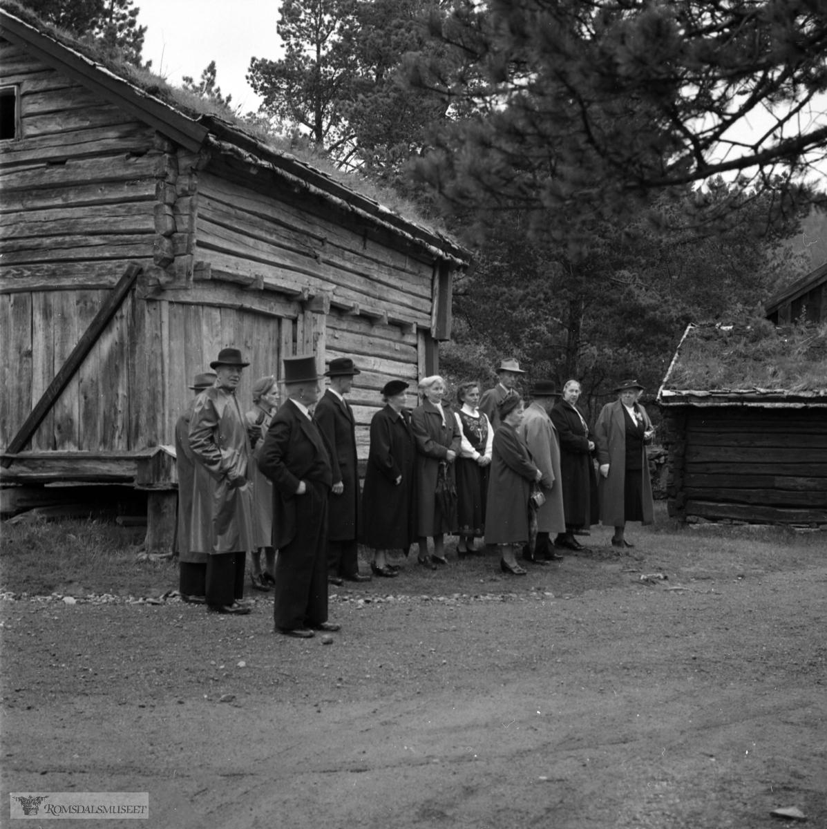 """Kongebesøk i 1955..(Se """"Med Kongefamilien gjennom Romsdal 1906-1982)"""