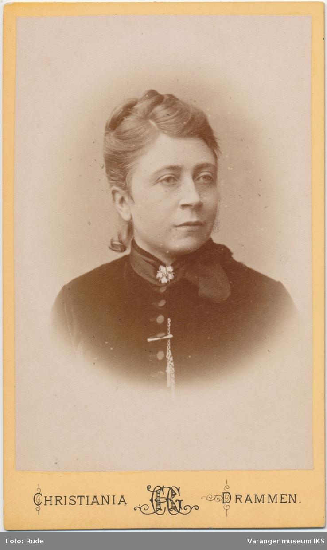 Portrett, Johanne Brodtkorb