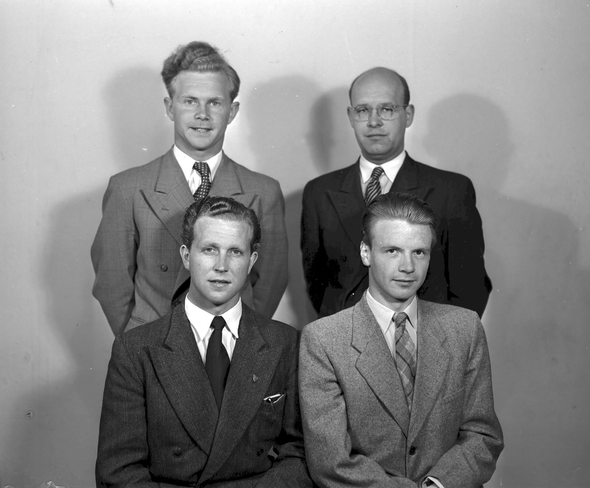 4 lærerskoleelever