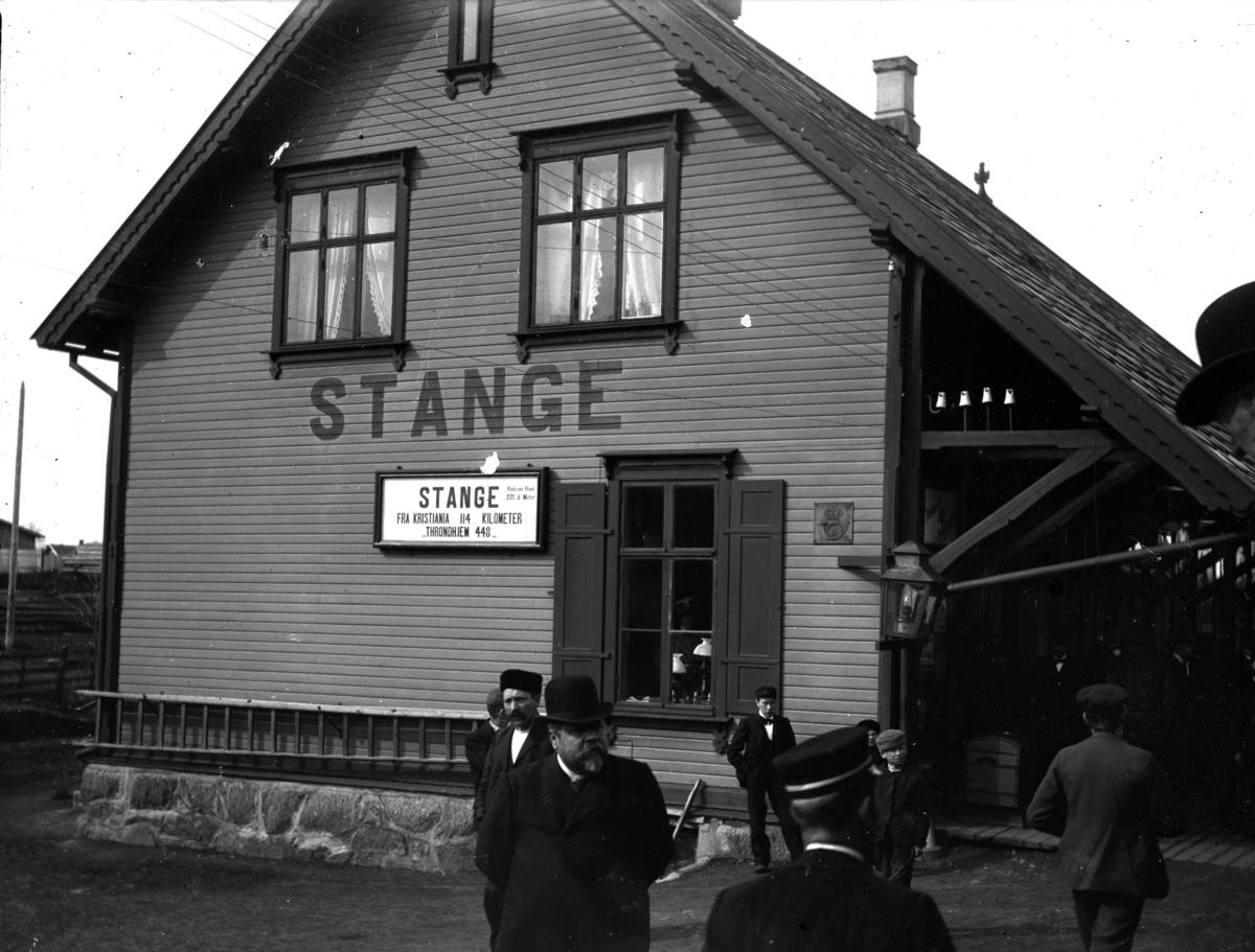 Jernbane stasjon