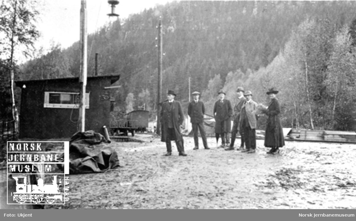 Smørstein-raset; anleggsledelse og militære på Smørstein holdeplass