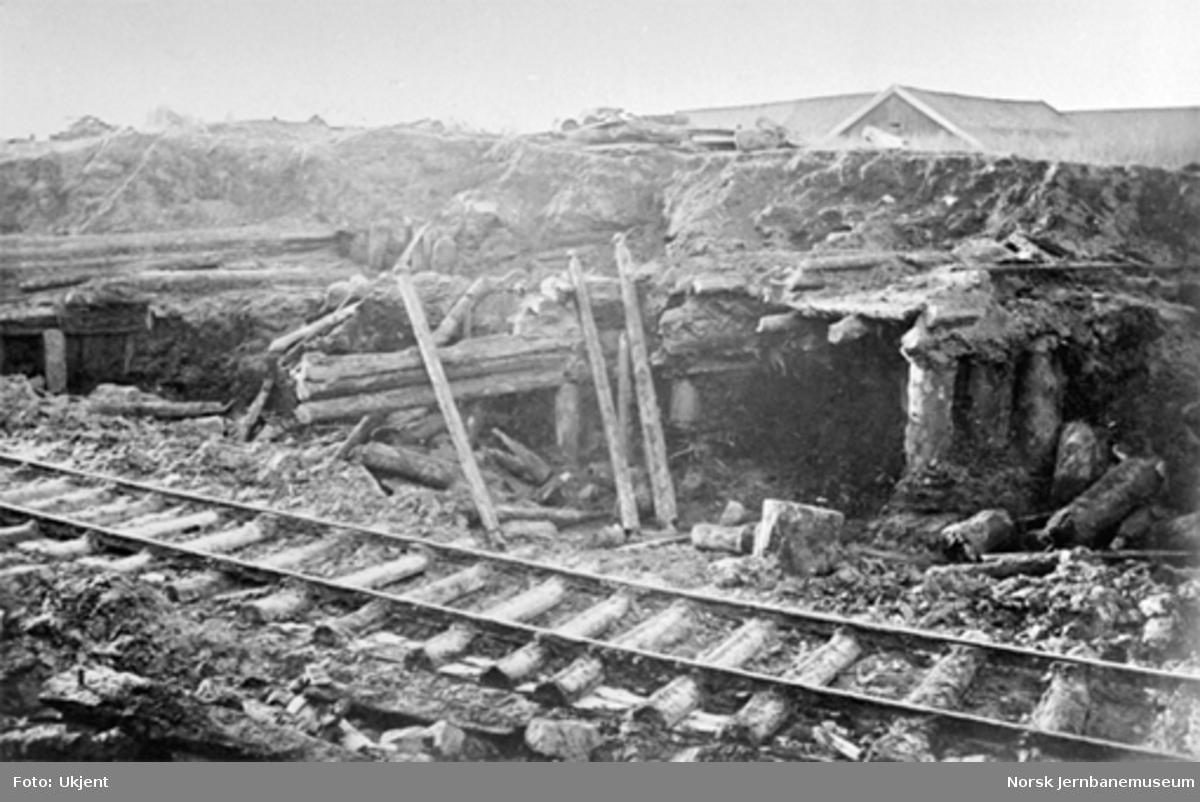 Jernbaneanlegg på Sørenga med rester av middelalderbygninger