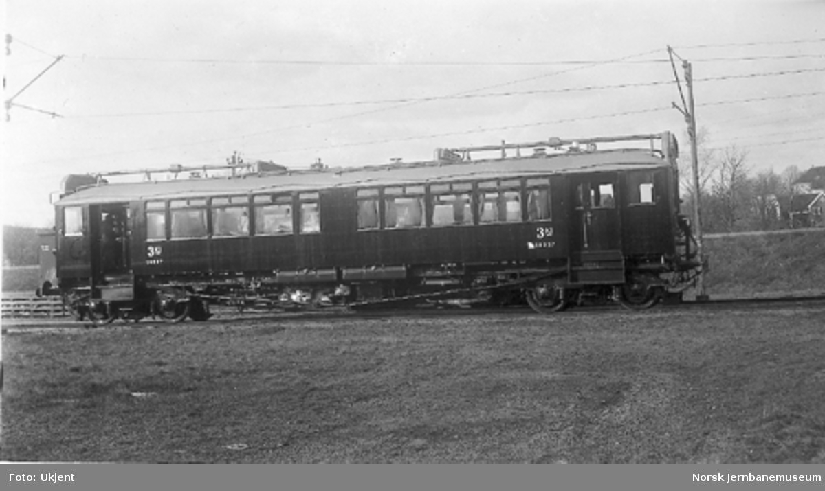 Bensinmotorvogn type 3 nr. 18237 som ny