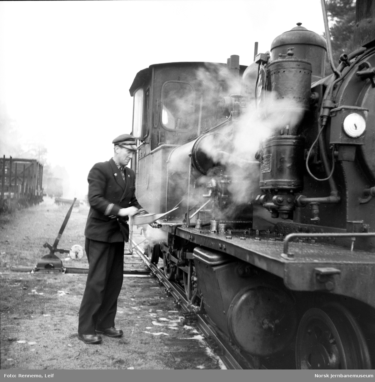 Setesdalsbanens damplokomotiv nr 1 klargjøres