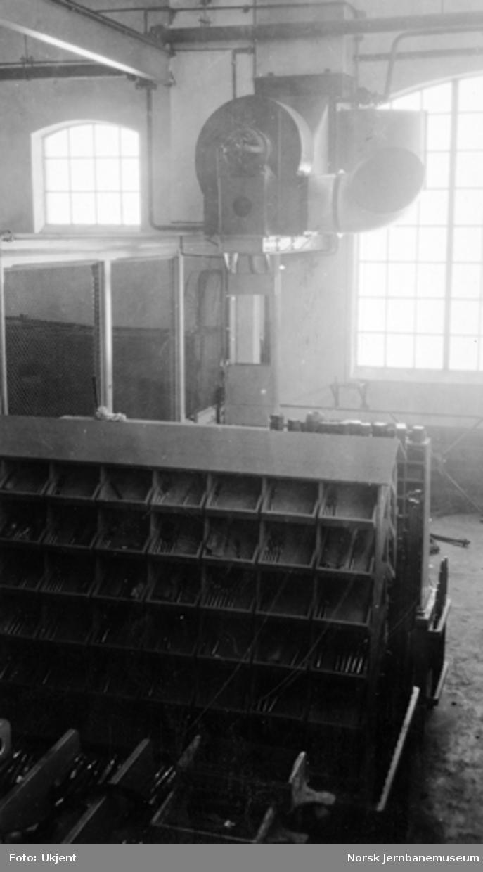 Kjelsmien Verkstedet Sundland : verkstedmaskiner