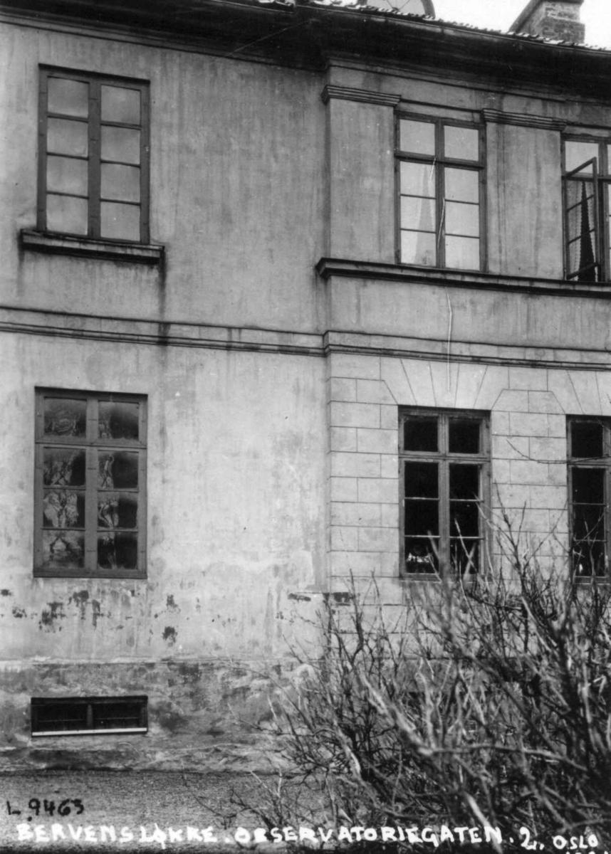 Bervens Løkke, Observatoriegata 2, Oslo 1924. Del av bygning, eksteriør.